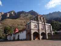 Day of the Se�or de Huanca Tour in September