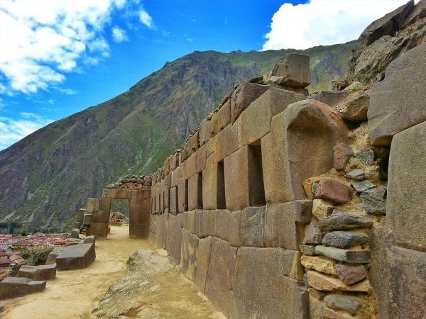 More stories about Inca living city of Ollantaytambo